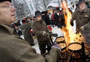 Hembygden, här illustrerad av julmarknaden på Jamtli, är betydelsefull för många. Det är dags att se den stora folkrörelsen Sveriges hembygdsförbund, anser dagens debattörer.