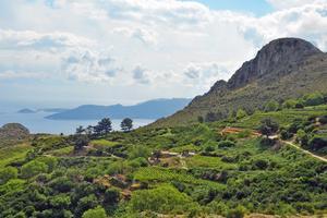 Förläng sommaren med vandring på Samos.