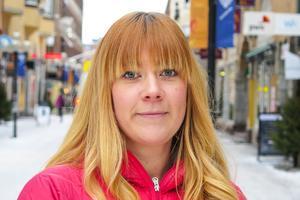 """Cecilia Tjärnhage, 31 år, Frösön: – Det kanske var på nyår när jag spelade sällskapsspel. """"Pratmakarna"""" tror jag att det heter."""