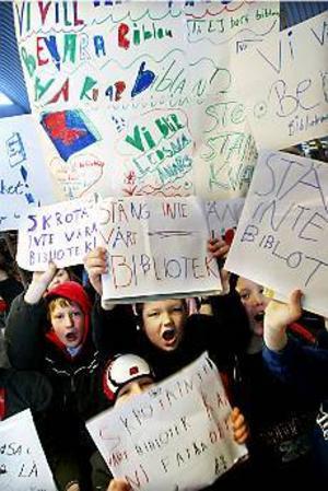 Foto: LASSE HALVARSSON Unga engagerade. Låt bibblan vara kvar, tyckte skolbarnen.