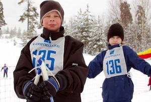 Marcus Nordkvist och Grim Pålsson från Sveg hade laddat upp inför tävlingen med mackor och vitlökskorv till frukost.