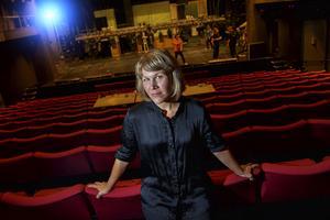 Regissören Jenny Andreasson sätter upp