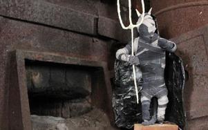 Annelie Larssons skulptur i passande miljö. Foto: Eva Högkvist