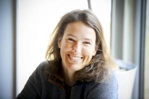 Anja Skålén berättar att företagen gärna tar emot nyanlända.