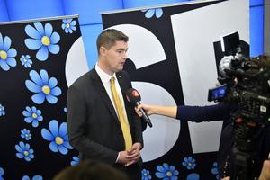 S kritiserar SD:s budgetförslag, på bilden presenterat av ekonomiskpolitiska talespersonen Oscar Sjöstedt