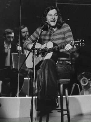 """40 ÅR HAR GÅTT. 1972 spelades skivan """"Restless mind"""" in. 14 mars spelar Tomas låtarna live på Södra Teatern, från första spåret till det sista."""