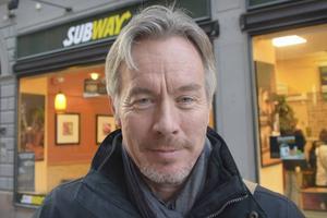 Kommundirektören Stefan Söderlund är inte nöjd med att projektet försenas.