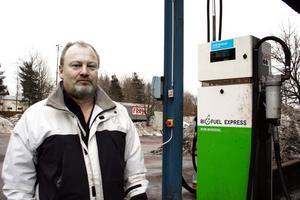 Driftschef Peter Åkesson anser att Miljöpartiets kritik av företaget Eurotrucking är orättvis.BILD: BABRO ISAKSSON