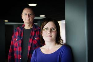Einar Härdin från Föreningen Attention i Örnsköldsvik och Anna. Einar Härdin påpekar att det är många av föreningens medlemmar som känner sig – precis som Anna – kränkt av bemötandet vid vuxenpsykiatrin.