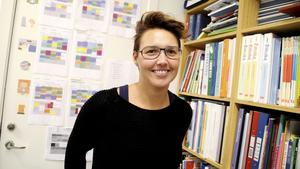 """""""Det var ju en ganska stor fråga i valrörelsen. Det är lätt att lova, svårare att hålla. Så det känns positivt att de satsar"""", säger Johanna Norberg Lindgren, lärare på Centralskolan i Norberg och engagerad i Lärarförbundet."""