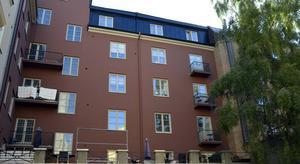 Bakom restaurang Allstar på Storgatan ligger den här innergården på ett etage som endast är tullgänglig för de boende.