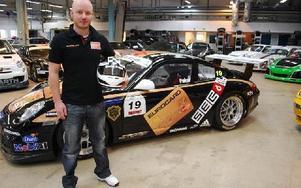 NY BIL. Daniel Haglöf lämnar Mini Challenge för Porsche Carrera Cup.