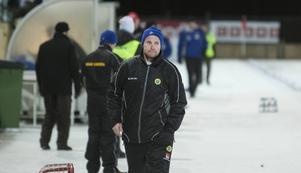 Jonas Claesson satsar på rutinerade spelare till mästerskapet, som avgörs i ryska Khabarovsk.