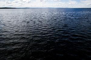 Där ute stod stockbåtsslaget och därunder lever det fulaste odjuret på jorden