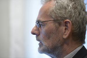 Anders Ferbe, ordförande IF Metall backar upp Kommunals krav.