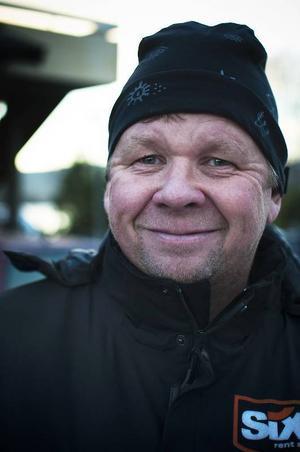 Hans Svetsnoff, Ljusnedal– Jag har faktiskt ingen aning om vad jag ska göra på fars dag. Hoppas mina barn har planerat något roligt.