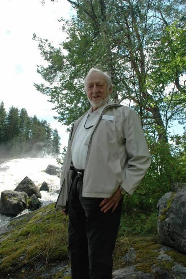 KÄMPAR PÅ. Nils Steffner, ordförande i Älvkarlebygruppen, tycker att Vattenfall borde öka vattenmängden från Mellanfallet för fiskets skul