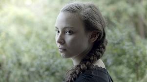 Lene Cecilia Sparrok spelar huvudrollen i Amanda Kernells långfilmsdebut