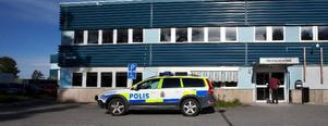 Polisen undersöker inbrottet på Stadsdel norr.
