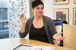 Linda Nilsson, delägare i Sidensjö Puts och städ, säger att hon inget hellre vill än att komma överens med landstinget om det stora kontrakt som gäller även 2013.