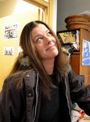 Emma Eriksson är nöjd med sin nya frisyr.