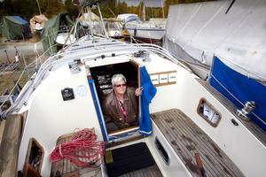 Eva Ericsson tycker att det går bra att ha en båt på egen hand.