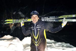Emil Jönsson får betalt för att kalla sig Sandvikenbo