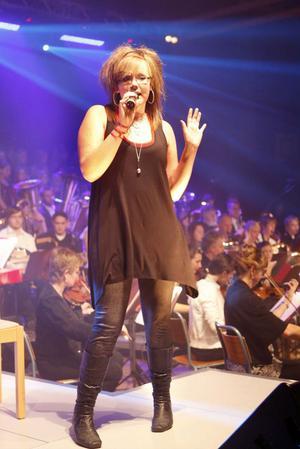 Viktoria Ovanfors, Forsa
