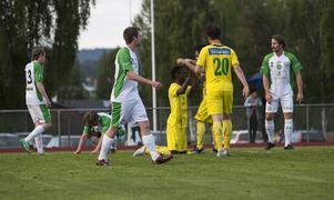 Marmaspelarna deppar efter ett insläppt mål borta mot Ljusdal.