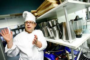 I helgen kommer hundratals matgäster att äta av gymnasieelevernas hemmagjorda julbord.