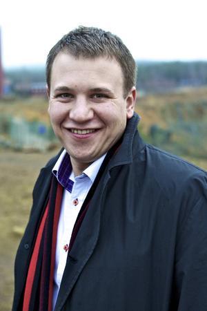 Håkan Alfon, Investment Manager i Almi Invest, betonar vikten av att företag stannar kvar i regionen istället för att flytta mot storstäderna.