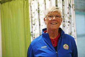 Lena Wallgren, ordförande i Medelpads fotbollförbund, lyfter fram spelarna i SDFF som viktiga förebilder.