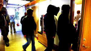 Tolv ungdomar från Sundsvall står åtalade i det jättelika knarkmålet som omfattar ett 50-tal personer från Skåne i söder till Kiruna i norr.