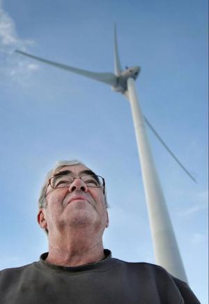 ÖP:s Inblicksreportage 21 januari där en facklig representants uttalande har fått ett dramatiskt efterspel.Morgan Jonsson, en av delägarna i Ollebacken Energi, som gav Enercon uppdraget att bygga vindparken, är förvånad över företagets agerande.