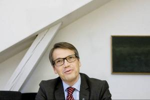 I går besökte Göran Hägglund Folkhälsoinstitutet som denna mandatperiod blir hans beredningsområde.