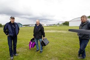Bernth Norberg, Ville Nilsson och Kjell-åke Jonsson från Östersund är tre av 107 deltagare i fyra dagars utbildningen med start på lördagen.