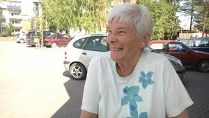 Astrid Ekholm, Krokom:   – Kan du lova att göra centrala Krokom mer attraktivt, inte minst för oss äldre? En vacker park med träd, bänkar och kanske en fontän där vi äldre kan umgås?   Maria Söderberg (C):   – Ja, det kan jag lova. Vi har avsatt medel för centrala Krokom i samband med renoveringen av gamla Konsumlokalen. Där ingår även medel för en uppsnyggning av centrum. Redan nu rustar vi upp Björkparken, även om den upprustningen mest vänder sig till barnen.