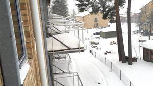 Samtliga balkonger ska renoveras upp.
