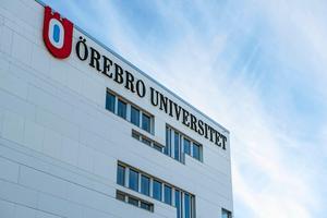 Insändarskribenten känner att hens handikapp inte tas på allvar av Örebro Universitet.