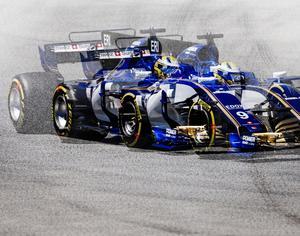 Kör snabbare än sin egen skugga? Det skulle Marcus Ericsson säkert inte ha något emot...
