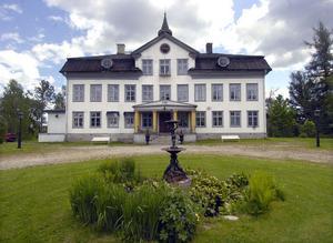 Från den första september övertas Voxna herrgård av nya ägare.