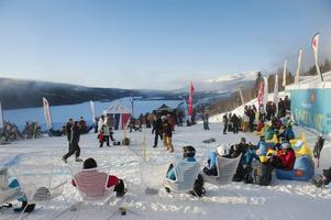 Skiweek Åre arrangeras tre veckor från torsdag till söndag och med speciella aktiviteter och specialerbjudanden för studenter.