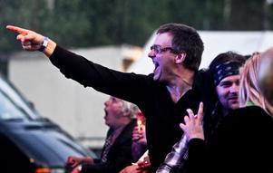 Publiken var med på noterna när bandet Mobile Rockers uppträdde.