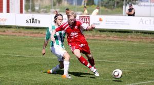 Sala FF:s Filip Norgren är steget före en Tillbergaspelare. Foto: Mikael Stenkvist