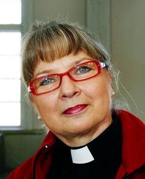 Populära prästen Eva  Jemn lämnar Östersund.