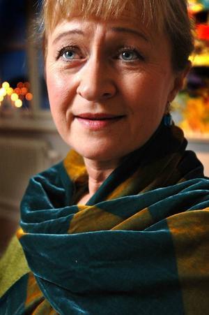 1960 var det Eva Prytz som sjöng Vainos roll på Stockholmsoperan.  I 2010 års konsertversion görs Vaino av Lena Hoel. Foto: Operan och scanpix