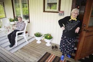 Tilly Jönsson menar att det bästa med byn är naturen runt omkring. –Den lever jag av, den är rik och vacker, säger hon.