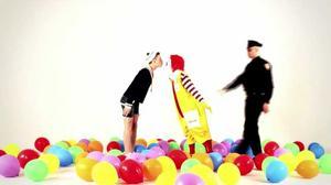 Sailor Boy får Ronald McDonald att smälta. Fler låtar och videos med Dildorado Entertainment Group är på gång men något datum för deras kommande debutalbum The way to Dildorado är ännu inte spikat.