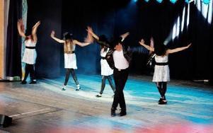 Under sista delen av musikalen drog man av Smooth Criminal av Michael Jackson.FOTO: CHRISTIAN LARSEN