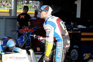 Bjarne Pedersen rynkar på näsan åt sin insats mot Smederna.